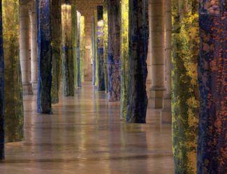 """""""Piliers de lumière"""", musée archéologique de Dijon (1995)"""